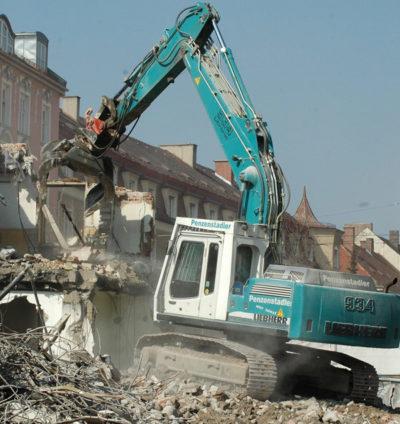 trabajos de demolición y rehabilitación